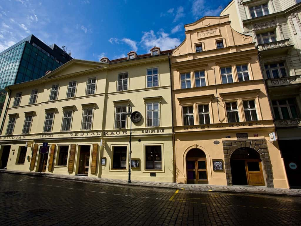 U Medvidku - historic brewery hotel in old town Prague